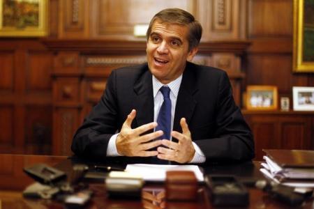 Recuperaci�n econom�a chilena ser� m�s lenta de lo esperado: jefe Banco Central