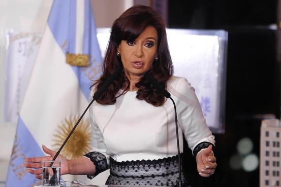 El nuevo plan de Argentina no convence a los mercados ni a todos los acreedores