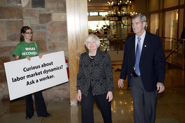 Fed Splits Evident Amid Wait for Yellen - Jackson Hole Journal