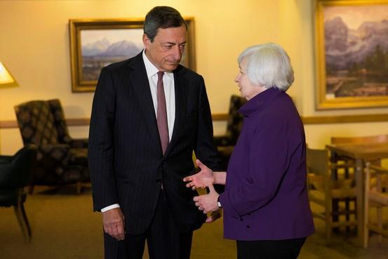 El BCE da se�ales de una pol�tica m�s activa