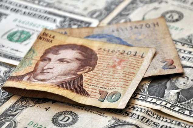 Argentina no planea devaluar moneda