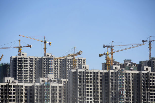 Property Trusts Pull Support as Mounting Debt Due - China Credit