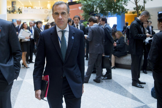 Carney�s Recovery Seen Losing Edge as U.K. Faces Gloom