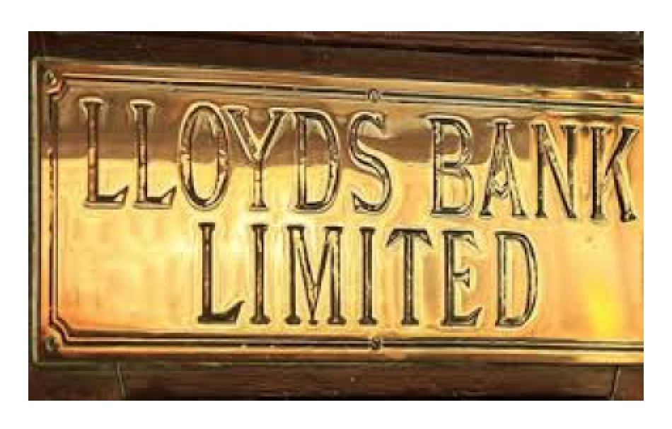 Lloyds Said to Cut 9,000 Jobs Amid Online Banking Shift