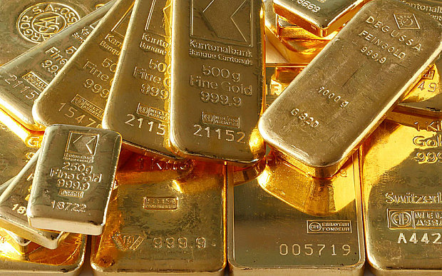 Russia Resumes Gold Stockpiling as Rouble Crisis Eases