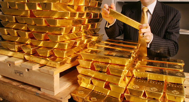 Gold vs. Stocks - The Clear Winner for the Rest of 2015