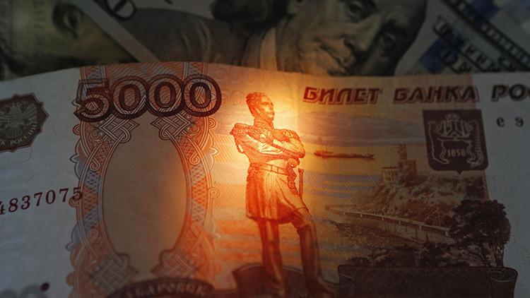 Rusia abandona el dólar en los préstamos nacionales