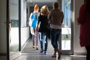 german unemployment unexpectedly rises as risks increase