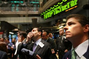 gold steadies near $1,200/oz as u.s. data hurts dollar