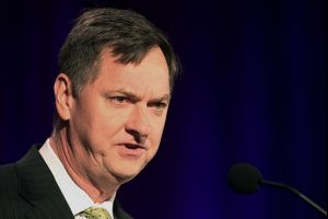 fed�s evans - delay fed rate hike until first half of 2016