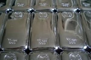 why is jp morgan accumulating the biggest stockpile of physical silver in history?