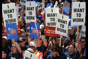 dow sinks more than 300 points as jobs report intensifies rate debate
